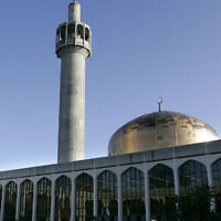 File: Regents Park Mosque in London (AP Photo/Kirsty Wigglesworth)