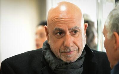 Former Jerusalem district commander Nissan Shaham, arrives at the Tel Aviv Magistrate's Court to hear his sentence on February 10, 2020 (Avshalom Sassoni/Flash90)