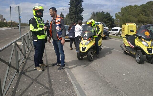 The scene of a suspected stabbing attack in Jerusalem's Armon Hanatziv promenade on February 21, 2020. (United Hatzalah)