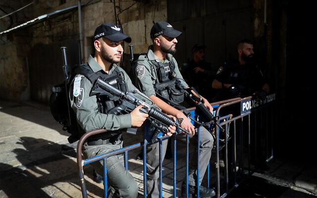 Illustrative: Border police in Jerusalem at the scene of an attempted stabbing, September 26, 2019. (Noam Revkin Fenton/Flash90)