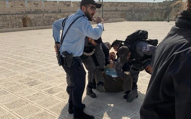 Former Likud MK Yehudah Glick is arrested on the Temple Mount in Jerusalem on February 18, 2020 (courtesy)