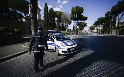 Coronavirus: Italy records second-deadliest day with 743 new deaths