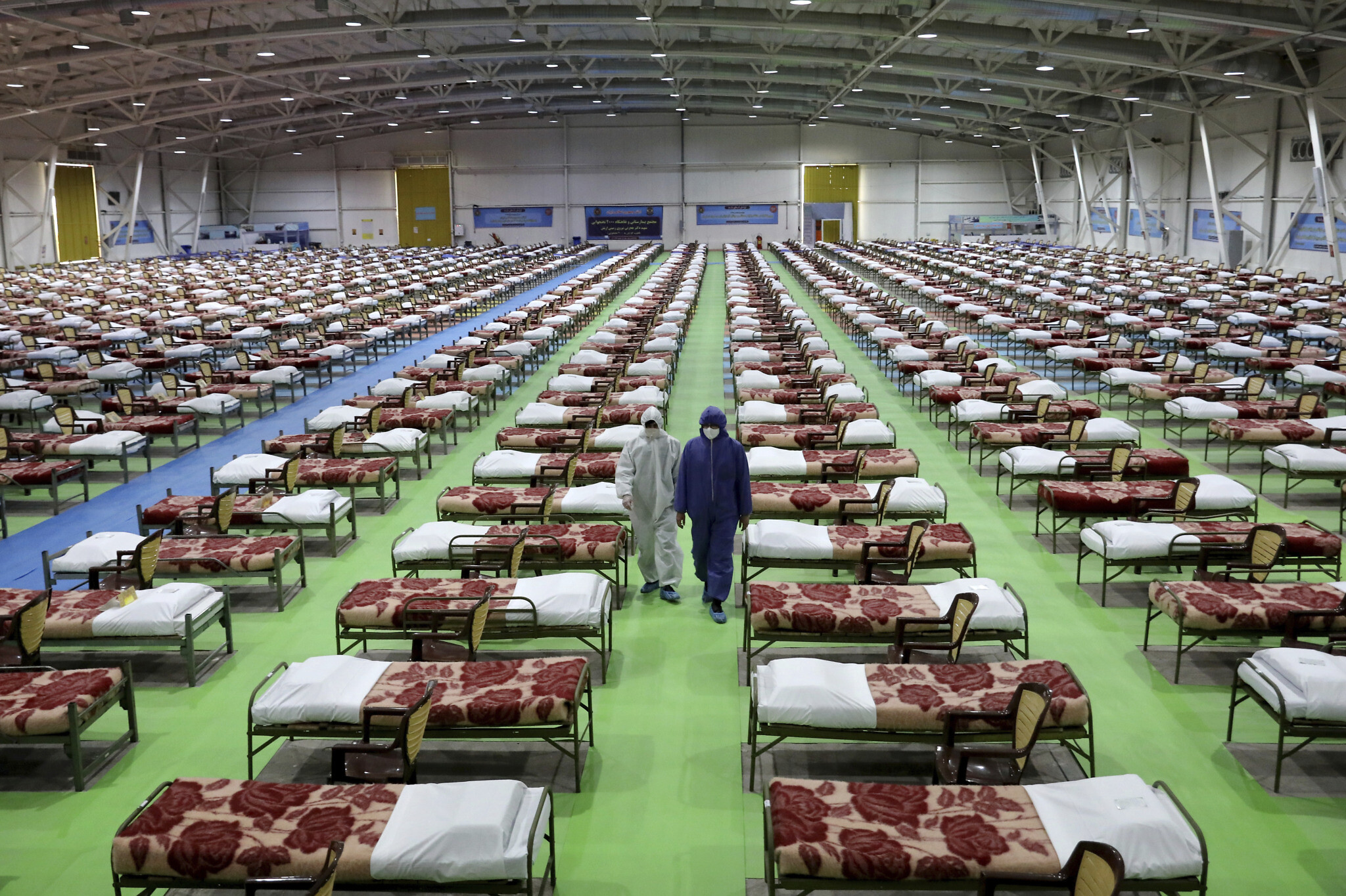 As deaths soar, Iran's military sets up 2,000-bed hospital in ...