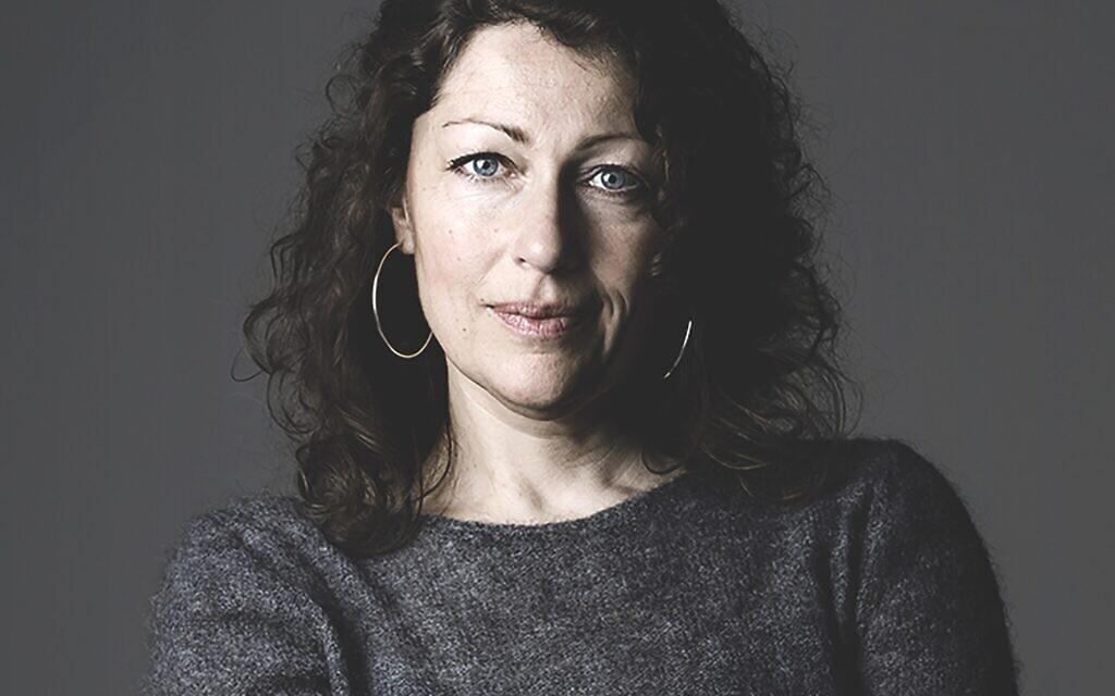 Elisabeth Åsbrink (Eva Tedesjö)