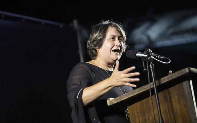 Secretary-general of the Israel Teachers' Union Yaffa Ben-David speaks during a protest event in Tel Aviv on August 29, 2019. (Hadas Parush/Flash90)