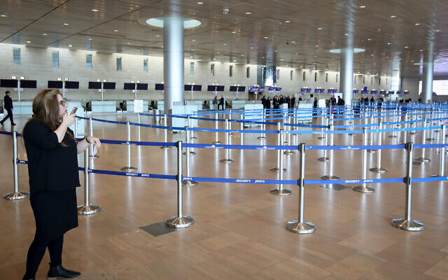 Empty departure hall at Ben Gurion Airport on March 4, 2020. (Yossi Zamir/Flash90)
