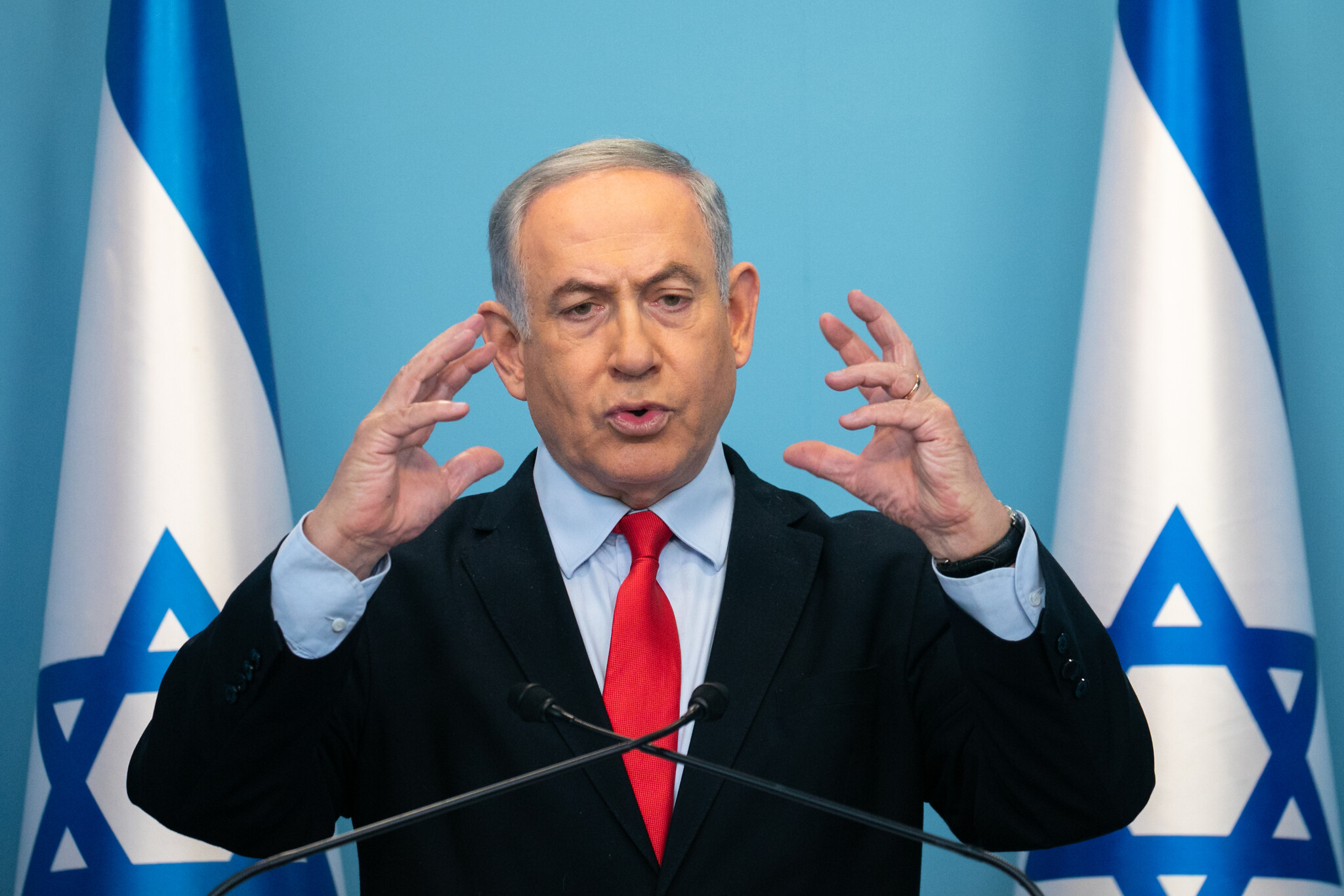 Israel election: Netanyahu's rival Benny Gantz will be asked to form government