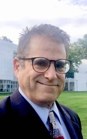 Rabbi Shaul Praver is both a prison and hospital chaplain in Connecticut. (Courtesy Rabbi Shaul Praver)