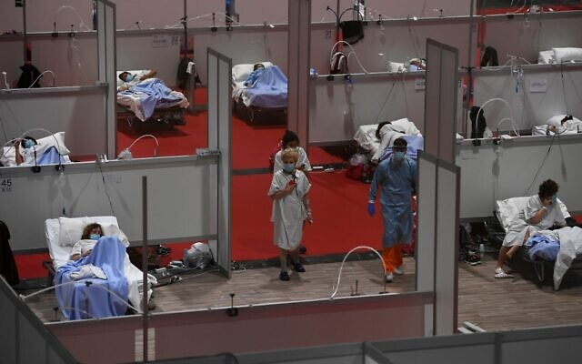General view taken on April 3, 2020 of the temporary hospital for COVID-19 patients located at the Ifema convention and exhibition center in Madrid. (PIERRE-PHILIPPE MARCOU / AFP)