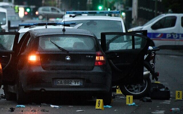 The site where a driver injured policemen on April 27, 2020 in Colombes, France. (FRANCK FIFE / AFP)
