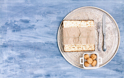 These online resources will help navigate the solo-seder experience. (Vlad Fishman/Getty Images/ via JTA)