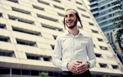 Shulem Lemmer is a pop star in his community -- and still a cantor, too. (Meredith Truax/ via JTA)