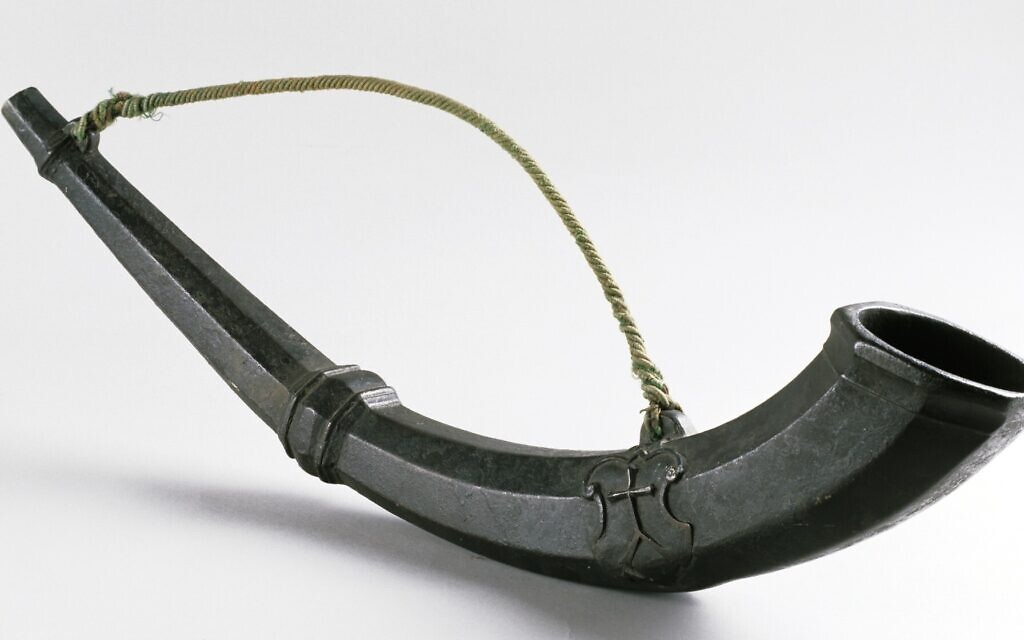 The Gruselhorn was introduced in Strasbourg, where it was blown in the evening during times of pogroms announcing that Jews must leave the city. (Courtesy Museum of Archeology Herne)