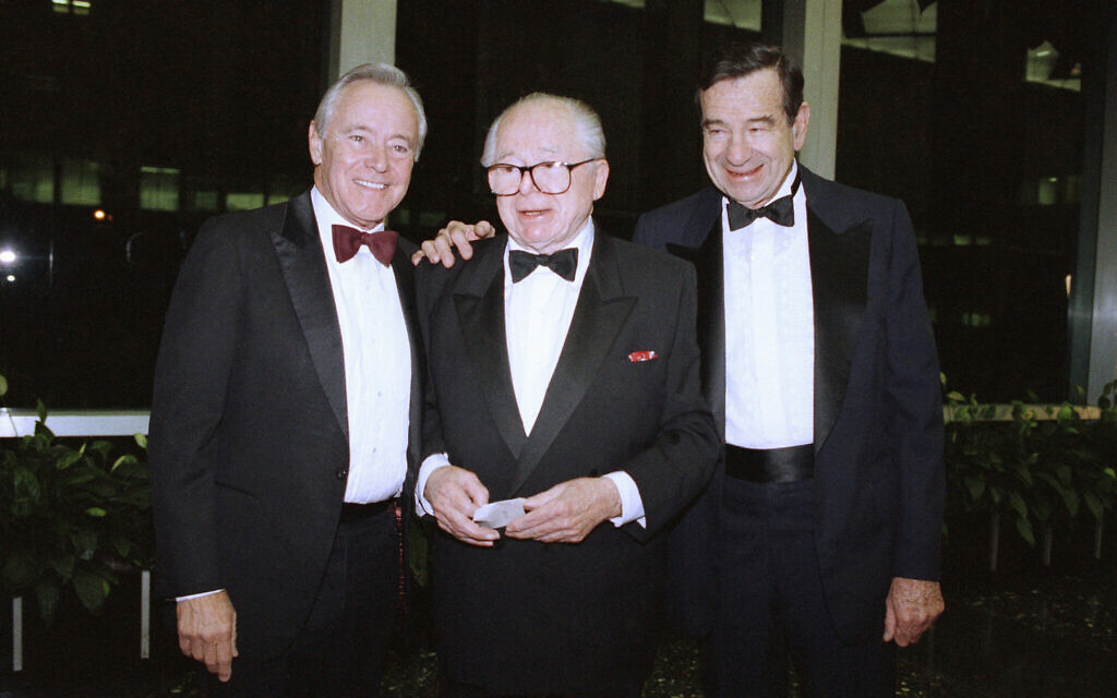 Director Billy Wilder is flanked by actors Jack Lemmon, left, and Walter Matthau as they arrive at the State Department in Washington on Saturday, Dec. 1, 1990 for a dinner honoring the 1990 Kennedy Center Honorees. (AP Photo/Greg Gibson)