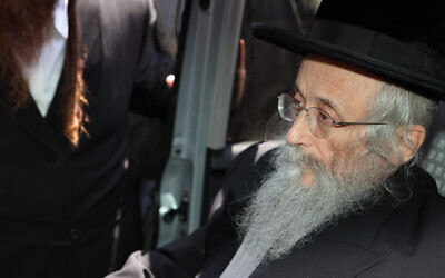 Rabbi Yitzchok Tuvia Weiss, leader of the Eda Haredit, on June 16, 2010.  (Yaakov Naumi/Flash90)