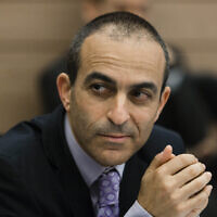 Prof. Roni Gamzu attends a Finance Committee meeting at the Knesset while serving as Health Ministry director general, January 7, 2014. ( Flash90)