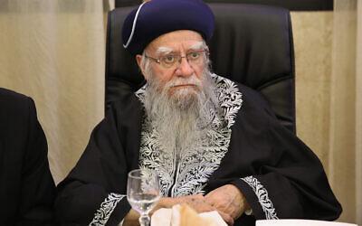 Former Chief Rabbi Eliyahu Bakshi-Doron at the wedding of his granddaughter in Jerusalem on March 13, 2016.(Yaacov Cohen/Flash90)