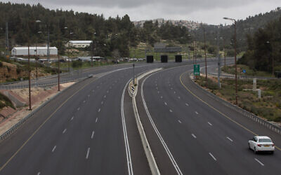 A general view shows the road of Route 1, near Mevasseret Zion, on March 28, 2020. (Nati Shohat/Flash90)