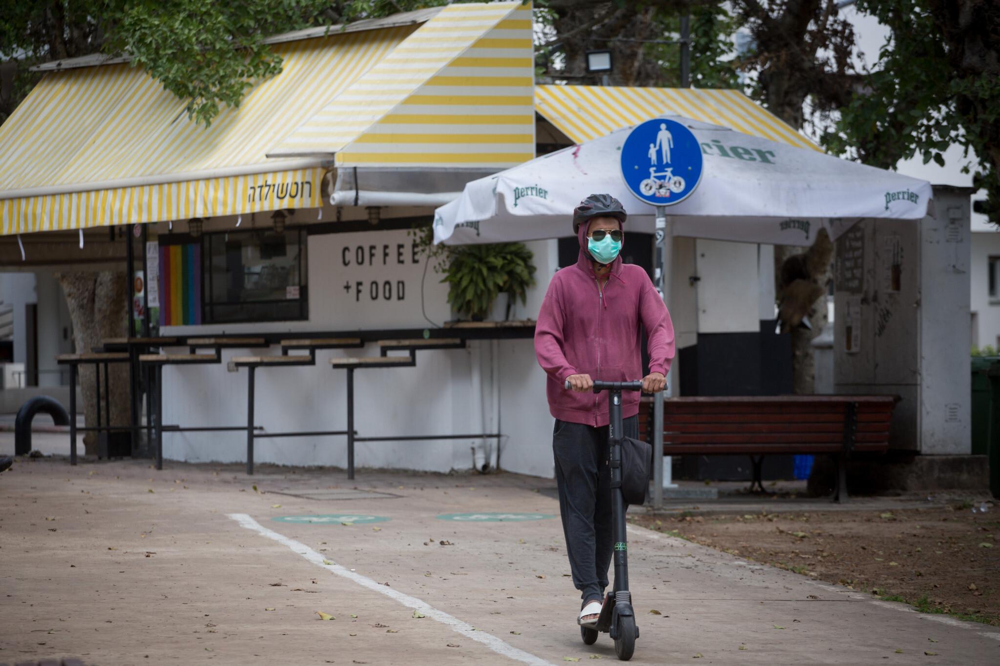 Coronavirus: After Delhi & Maharashtra, Telangana also makes masks mandatory while going out