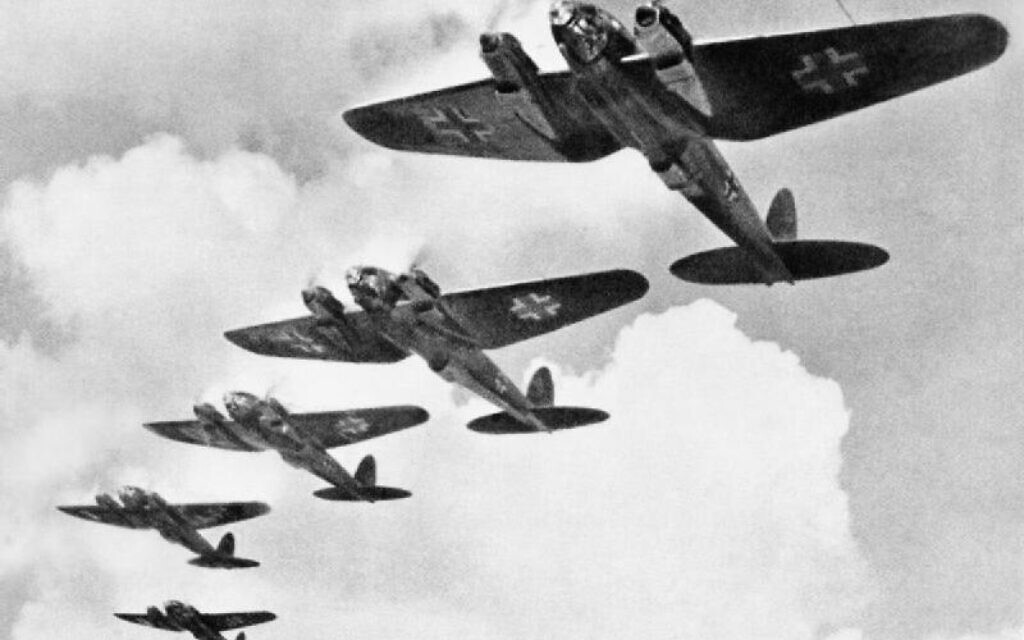 Luftwaffe Heinkel planes during the Battle of Britain. (Public domain)