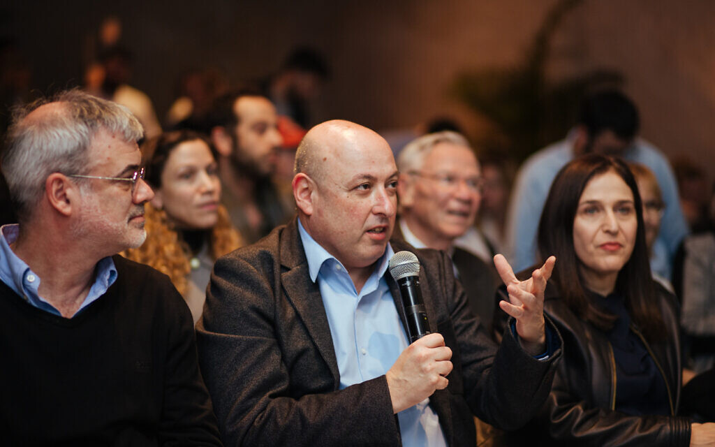 Deputy director-general of the Health Ministry Itamar Grotto judges the final EnRoute presentation at the Time to Care contest, January 8-9, 2020. (Courtesy)