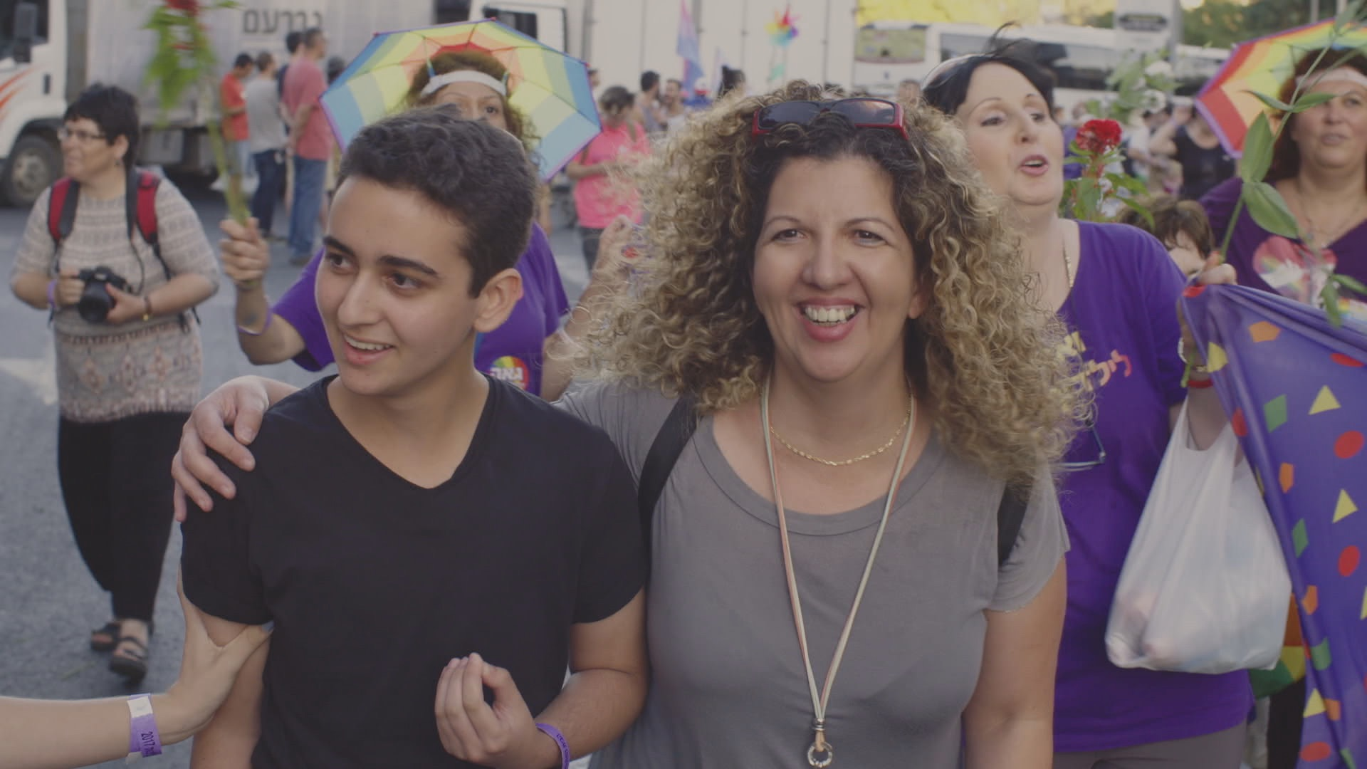 Noam Kaniel and his mother at Jerusalem Pride March. (Medalia Productions)