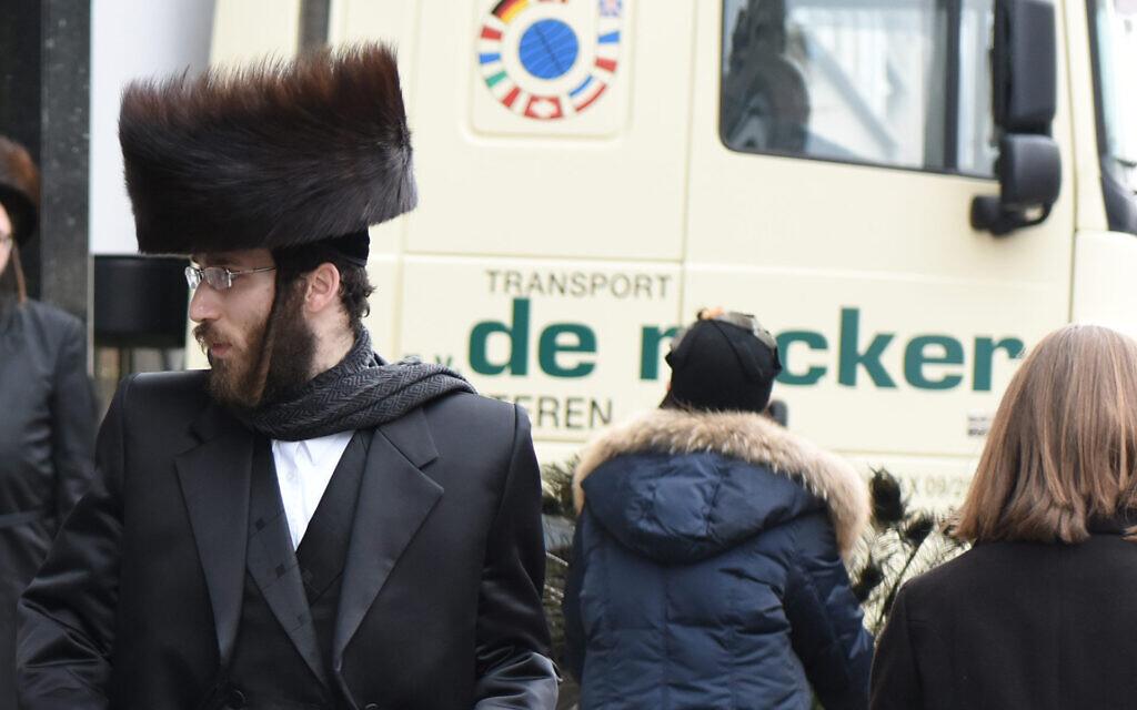 Illustrative: Ultra-Orthodox Jews walk in Antwerp, Belgium, March 16, 2016. (Cnaan Liphshiz)