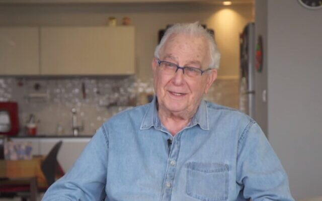 Holocaust survivor Naftali Pirset talks about the coronavirus in a broadcast on April 10, 2020 (Screen grab/Channel 12)