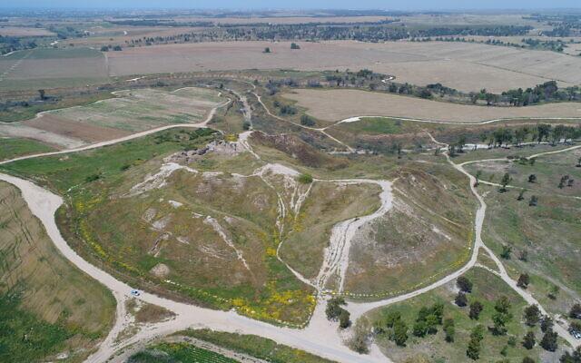 Aerial view of Tel Gama, the Canaanite city of Yarza. (Valdick Lipshitz/IAA)