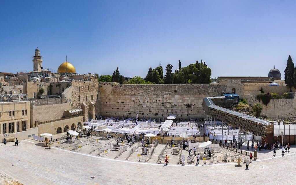 Old City of Jerusalem's Western Wall, May 2020. (Yaniv Berman/Israel Antiquities Authority)