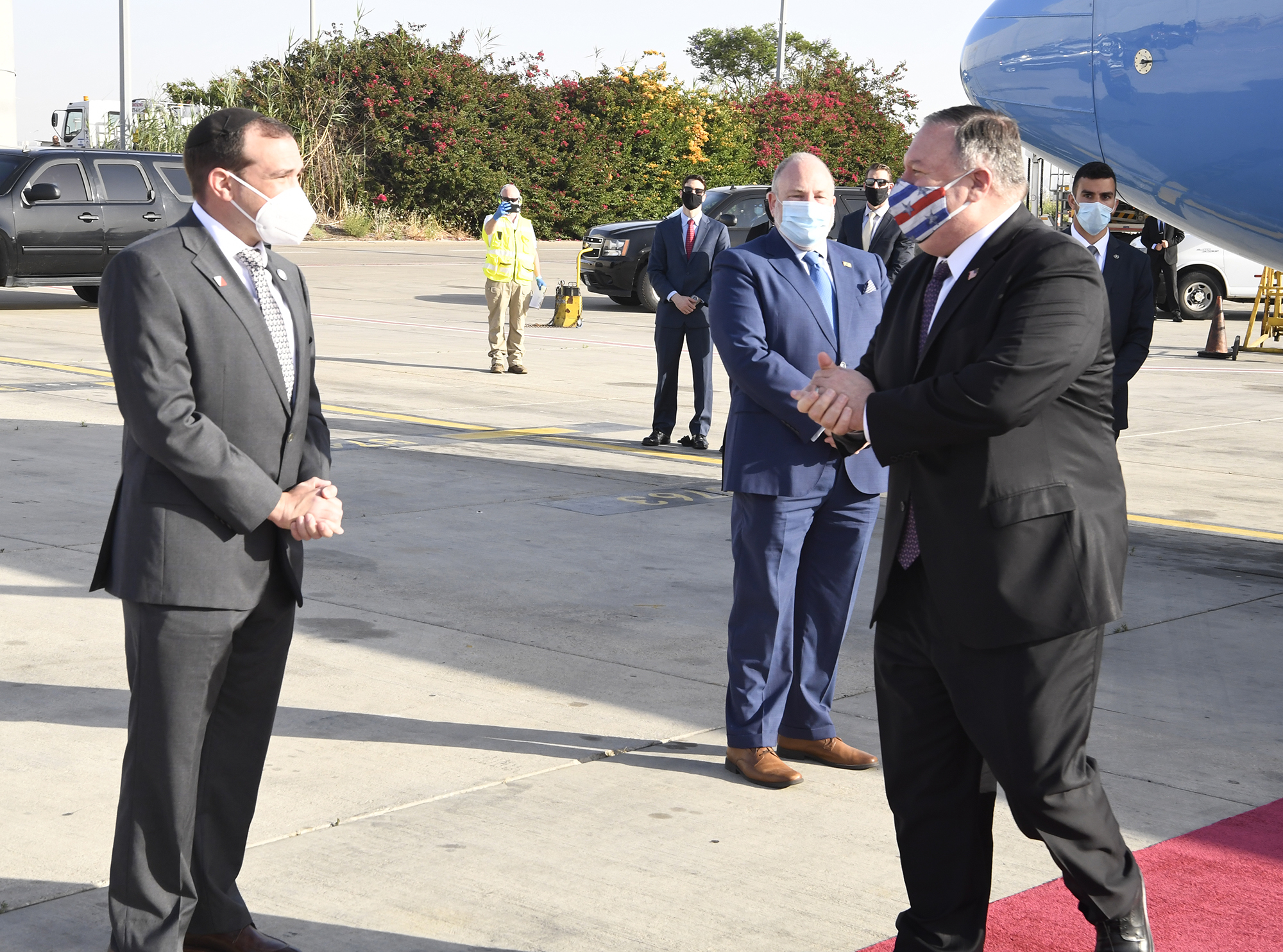 Under shadow of virus, Pompeo lands in Israel to talk annexation ...