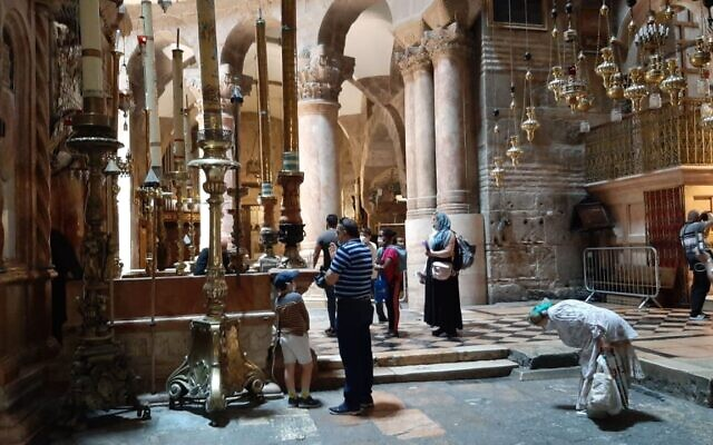 Worshippers at Jerusalem Old City's Church of the Holy Sepulchre, May 26, 2020. (courtesy)