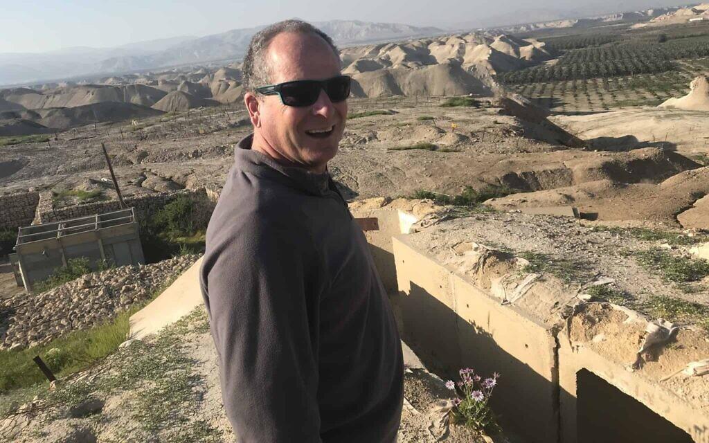 Peace activist and West Bank expert Dror Etkes. (Amir Ben-David/ Zman Yisrael)