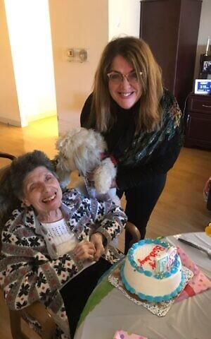 Debra Schackner (right) and her mother Pearl McLane (left) celebrate McLane's birthday. (Courtesy/Debra Schackner)