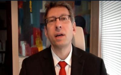 Moderna's Chief Medical Officer Dr. Tal Zaks. (Channel 12 screenshot)