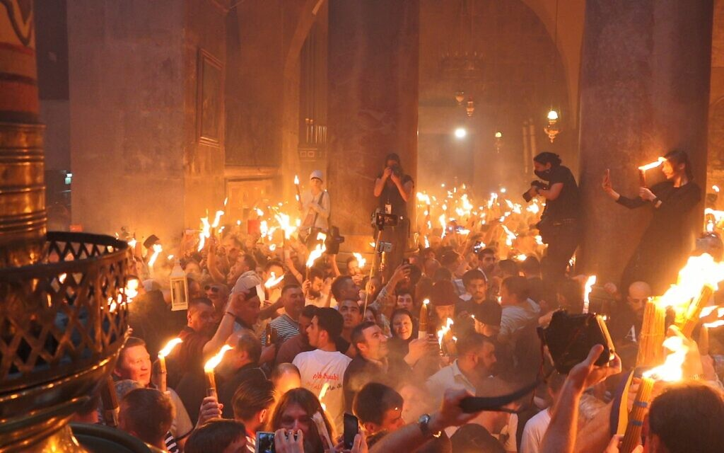 Holy Fire ceremony at the Church of the Holy Sepulchre. (Yoram Millo)