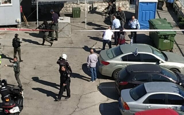 The scene of a suspected stabbing attempt in the East Jerusalem neighborhood of Jabel Mukaber on May 25, 2020. (Noemi Kamhine)