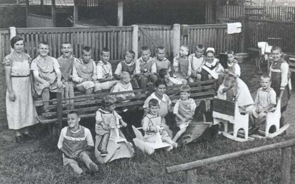 Most of these children from the Protestant Katharinenhof institution were euthanized at Sonnenstein (public domain)