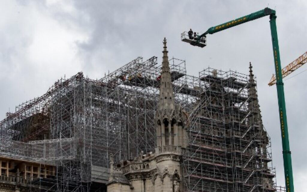 Notre Dame Paris Christmas Mass 2021 Archbishop Says Reconstruction Of France S Notre Dame To Begin In Early 2021 The Times Of Israel