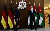 German Foreign Minister Heiko Maas (L) is received by his Jordanian counterpart Ayman Safadi in the Jordanian capital Amman, on June 10, 2020. (Ahmad SHOURA / AFP)