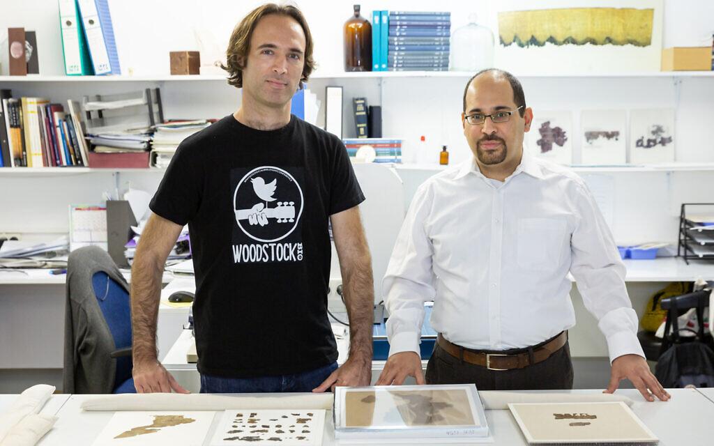 Tel Aviv University Prof. Oded Rechavi and Prof. Noam Mizrahi, part of the Dead Sea Scrolls animal DNA study.  (Tadmit, Courtesy of Tel Aviv University)