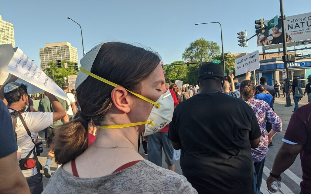 Rabbi Lauren Henderson attends the interfaith demonstration to protest the death of George Floyd in Chicago on June 2, 2020. (Courtesy of Henderson/ via JTA)