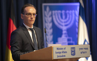 German Foreign Minister Heiko Maas gives a statement to the media following his meeting with his Israeli counterpart Gabi Ashkenazi, in Jerusalem, Wednesday, June 10, 2020. (AP Photo/Oded Balilty)