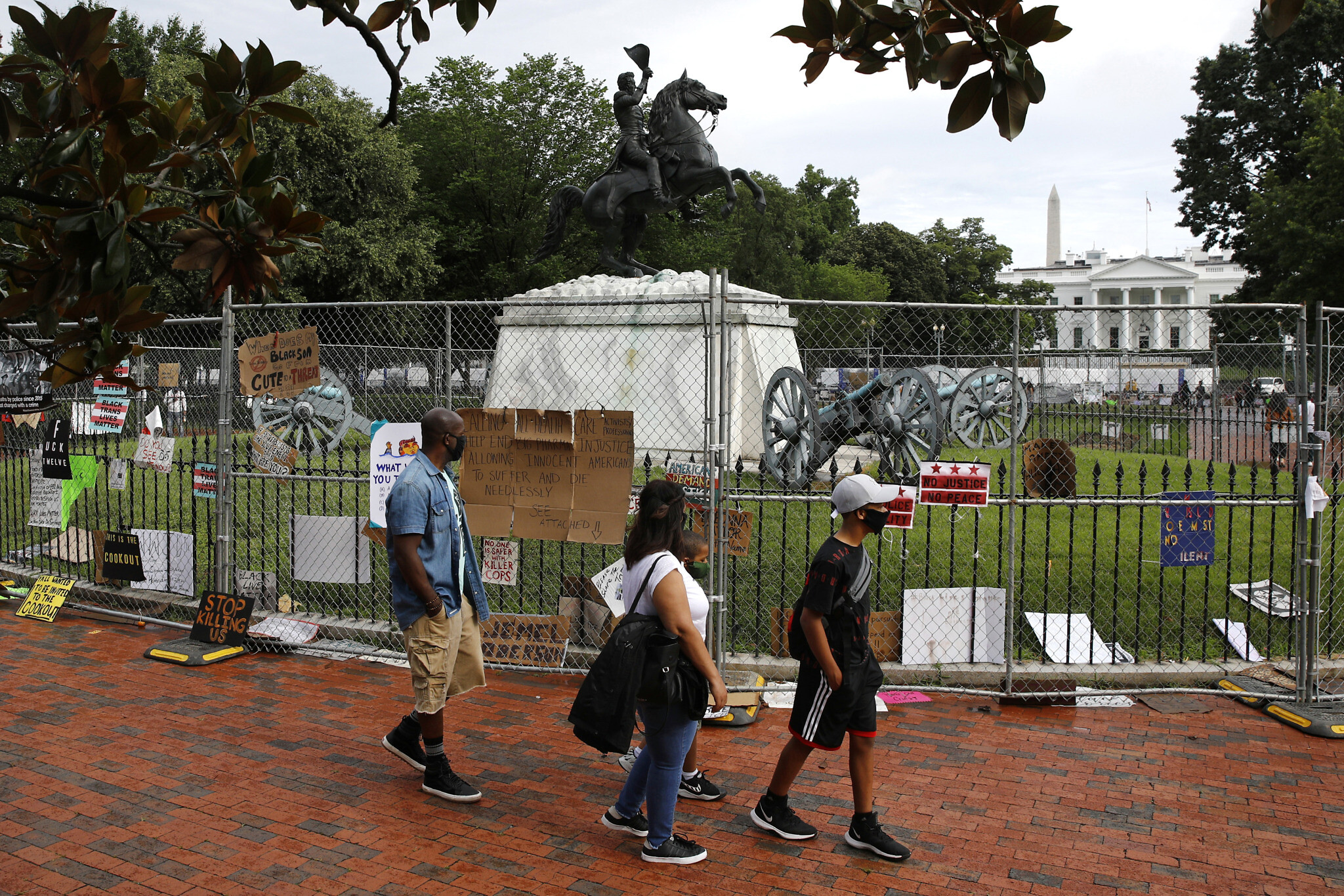 Protesters try to pull down Andrew Jackson statue in DC
