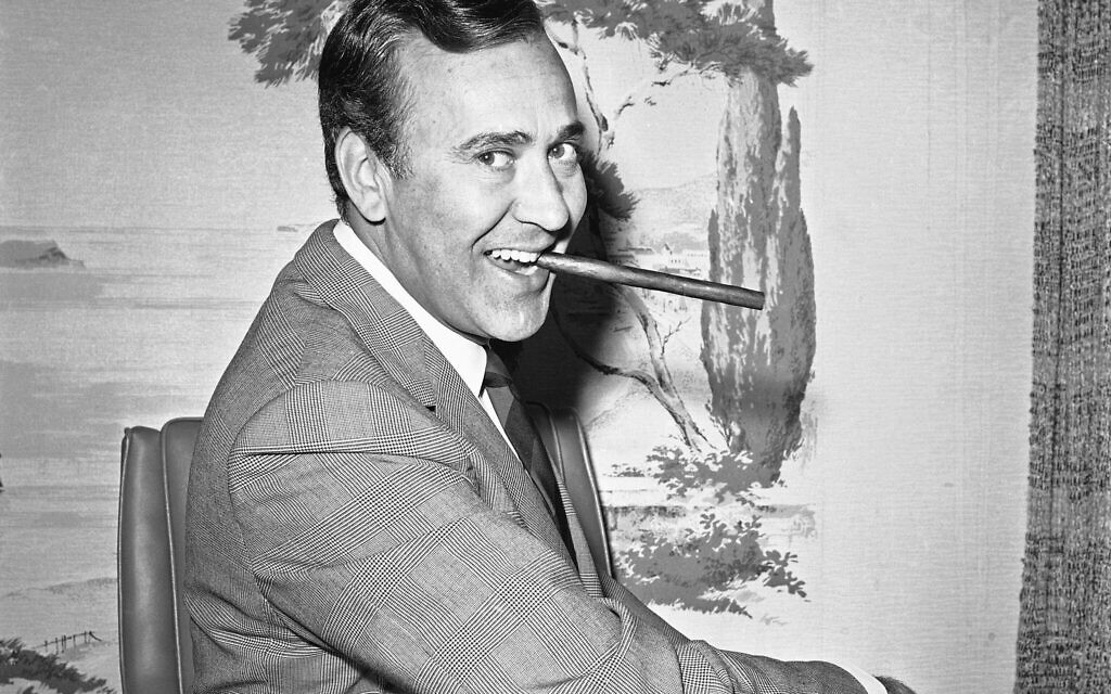 In this May 25, 1967 file writer-comedian Carl Reiner poses in his new hairpiece in Los Angeles. (AP/Harold Filan, File)