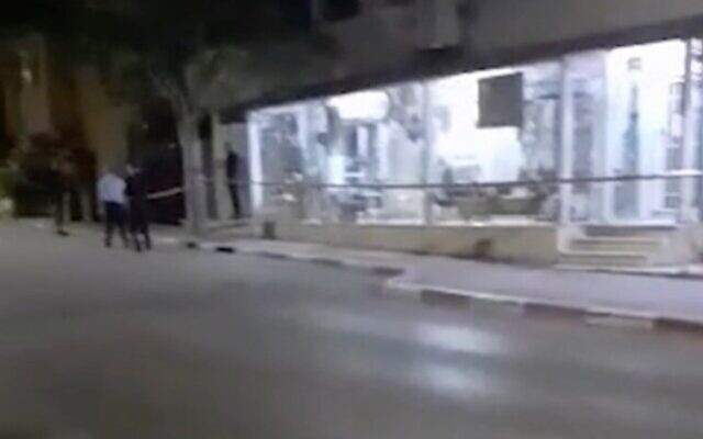 The scene in Baqa al-Gharbiya where a man was fatally stabbed on June 17, 2020. (Screenshot: Ynet)