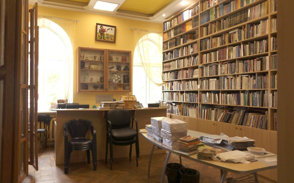 The JCC Migdal in Odessa is said to house the largest Jewish library in the city, and maybe all of Ukraine. (Courtesy Kira Verkhovsky)