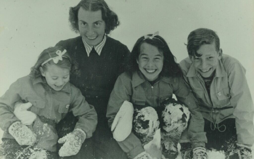 From left: Barbara, Gisela, Jutta and Joachim (Robert Griesinger's widow and children) c. 1946. (Courtesy of Jutta Mangold)
