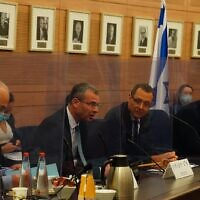 Derech Erez MK Zvi Hauser is named the new chairman of the Foreign Affairs and Defense Committee in the Knesset on June 1, 2020. (Adina Velman/Knesset)