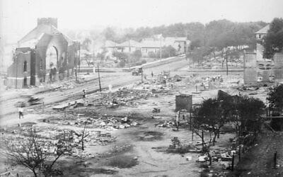 The aftermath of the Tulsa Massacre in 1921 (public domain)
